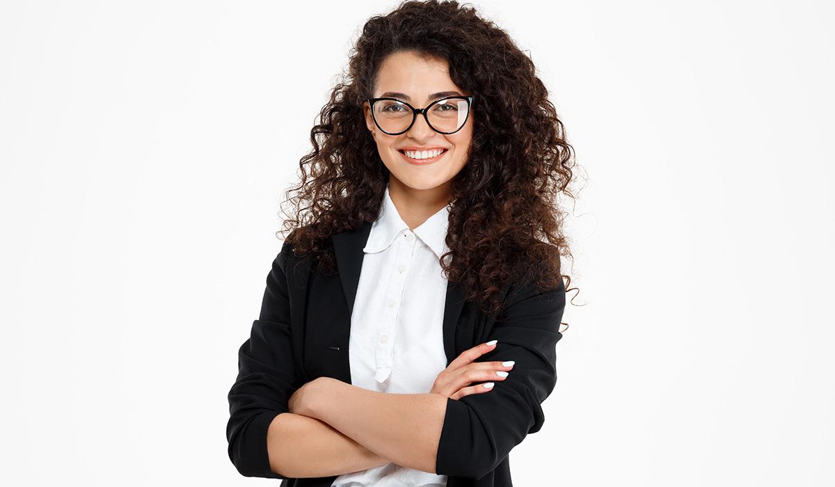 Czy warto zatrudnić hostessę na targi?